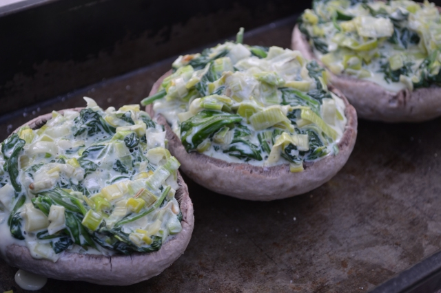 Creamy Spinach + Leek Stuffed Mushrooms