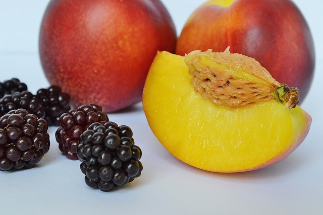 Nectarines & Blackberries
