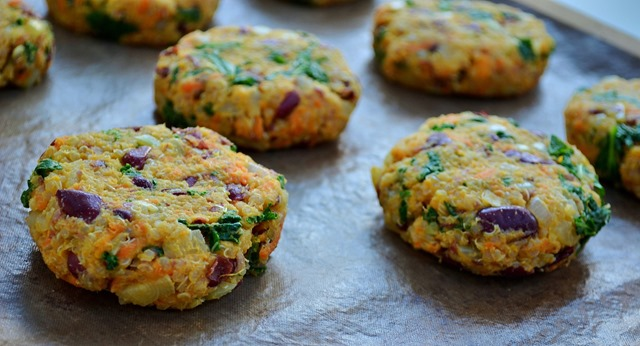 Kidney Bean, Sweet Potato & Quinoa Patties | coconutandberries.com