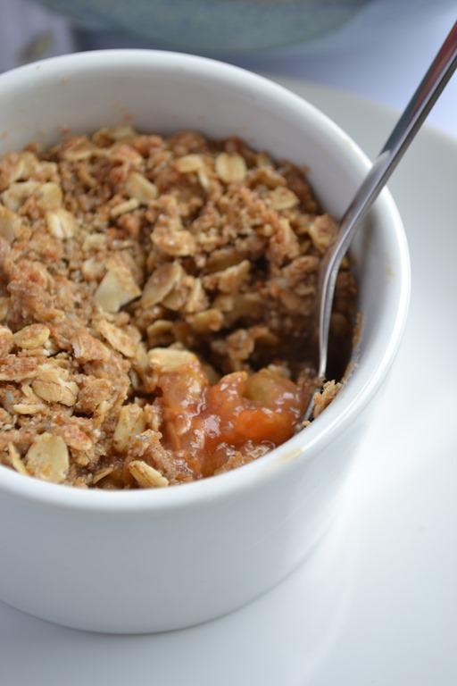 Maple-Oat Plum Crumble (Vegan, GF) | coconutandberries.com