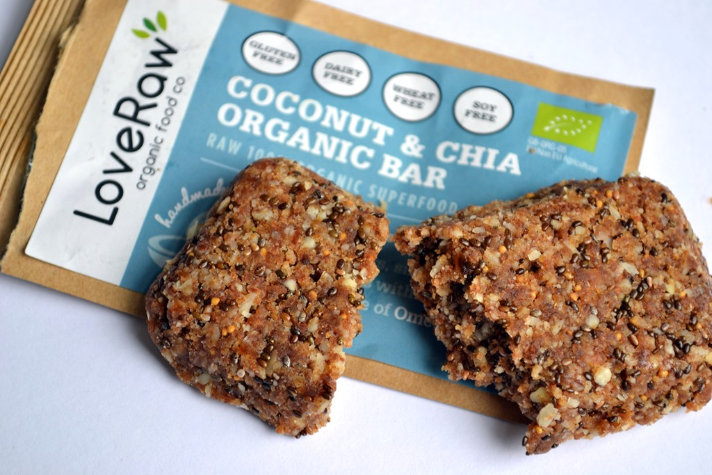 review loveraw superfood energy bars coconut and berries