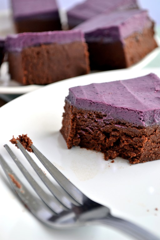 Raw Berry Cream Brownies