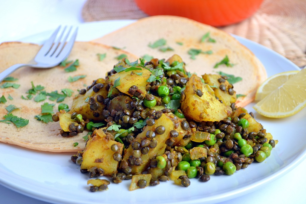 Lemony Lentil, Potato & Pea Curry