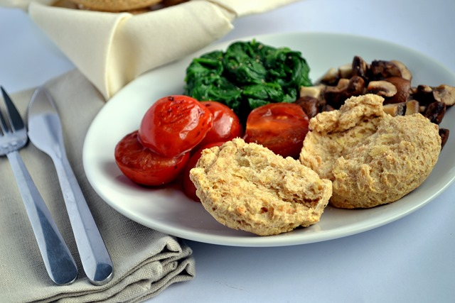 Vegan Cheese Scones (with Vegusto No-Moo Mild-Aromatic)